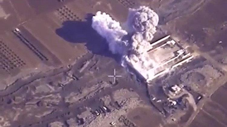 """Рогозин ответил на обвинения НАТО в """"неточном"""" бомбометании в Сирии - РИА Новости, 02.03.2016"""