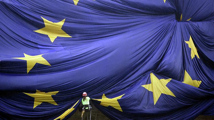 Меркель: ФРГ готова сделать процесс вступления Турции в ЕС динамичнее