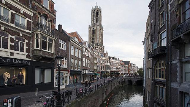 Правительство Нидерландов выступило против проведения в Роттердаме митинга в поддержку референдума в Турции