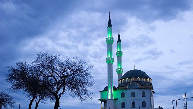 Мечеть в селе Левадки под Симферополем. Архивное фото