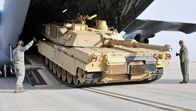 Американский танк M1A2 Abrams, архивное фото