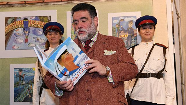 Выставка «Дяде Степе— 80» открылась вГУМе
