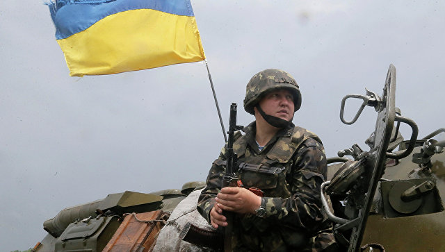 Украинский солдат, архивное фото