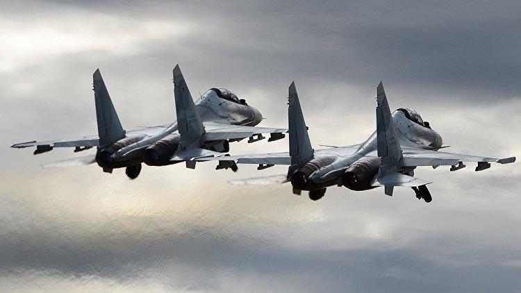 РФ провела вКрыму учения систребителями Су-30СМ