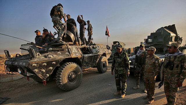 Под Мосулом смертник подорвал колонну военных, погибли 70 человек