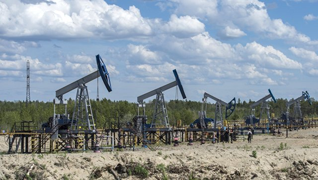 Сечин предсказывает цену нанефть выше $55/барр. вближайшие полтора года
