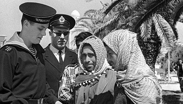 Дружеский визит моряков Краснознаменного Черноморского флота в Сирию. Порт Латакия.