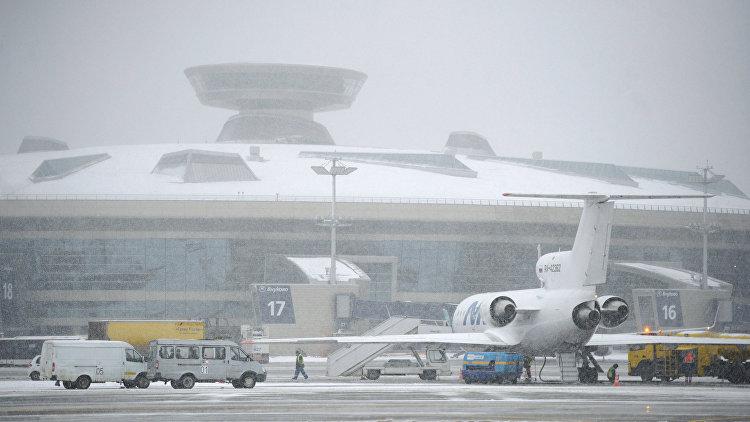В московских аэропортах задержаны 40 рейсов, 6 отменены
