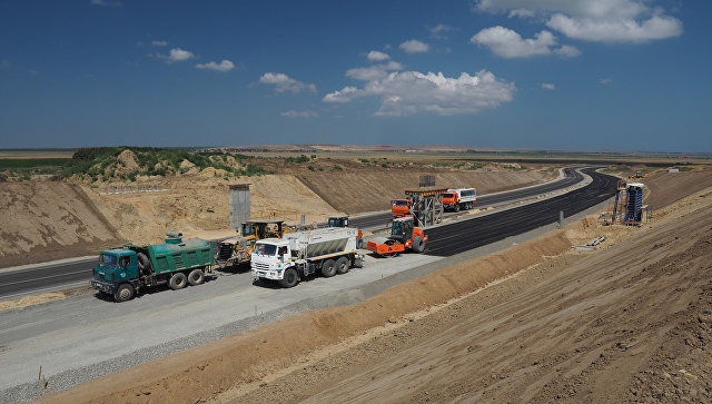 Строительная площадка новой трассы в Крым