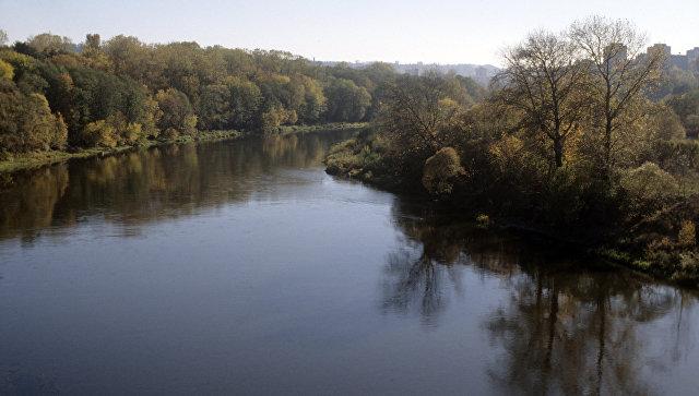 «Норникель» оштрафовали на 30 тыс. руб. заокрашивание реки вкрасный цвет