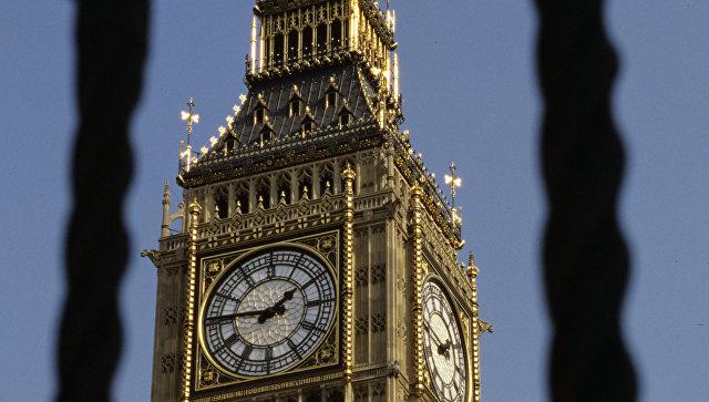Биг-Бен, часы на башне Парламента Соединенного Королевства. Архивное фото