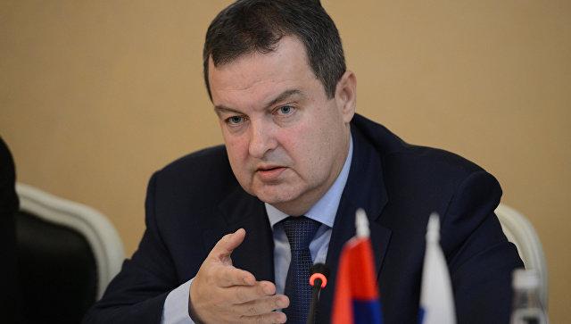 Дачич объявил, что Сербия несобирается вступать вНАТО