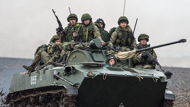 Российские военнослужащие во время совместных учений ВДВ России, Белоруссии и Сербии Славянское братство-2016. Архивное фото