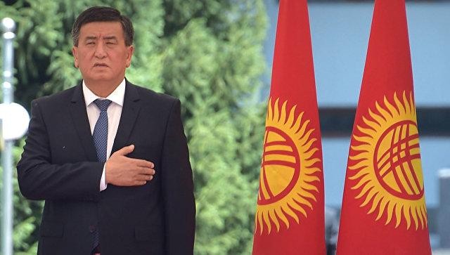 Премьер Кыргызстана Сооронбай Жээнбеков уходит вотставку