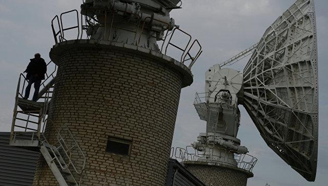 Спутниковые антенны. Архивное фото