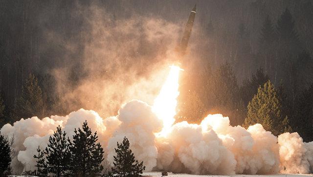Пуск ракеты из тактического комплекса Точка-У. Архивное фото