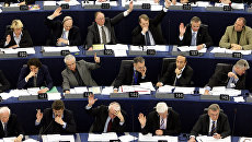 Депутаты Европарламента во время голосования. Архивное фото