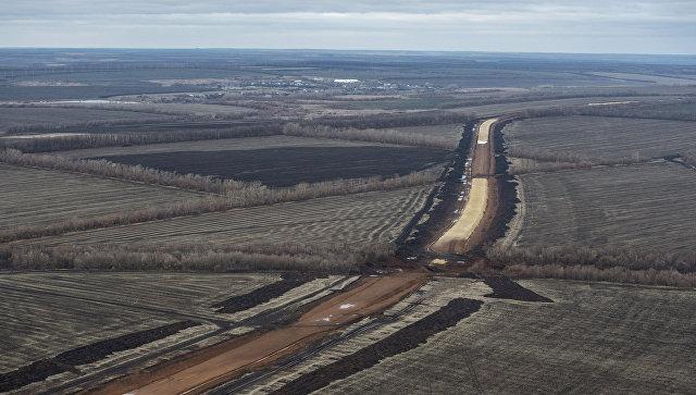 Земляные работы на строительстве двухпутного электрифицированного участка с 11 по 57 км железной дороги Журавка-Миллерово в обход Украины
