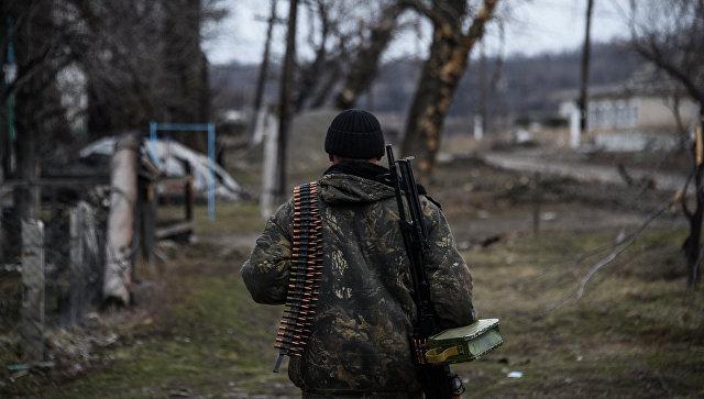 Ополченец в Луганской области. Март 2015