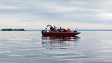 Сотрудники МЧС России во время поисково-спасательных работ. Архивное фото