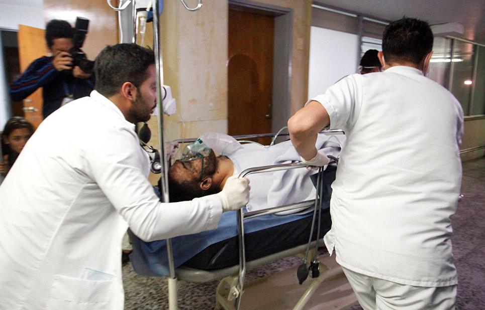 Бразильский футболист Алан Рушел, выживший в авиакатастрофе в Колумбии, в больнице. 29 ноября 2016