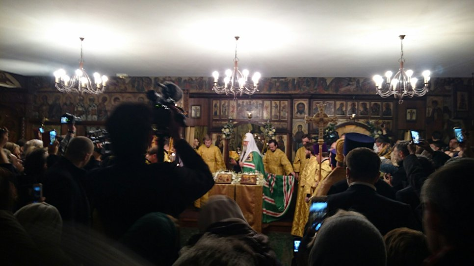 Патриарх Кирилл освятил Троицкий храм встолице франции