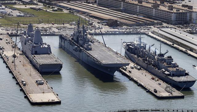 Боевая операция или срочная эвакуация: что десантные корабли США делают у берегов Сирии?
