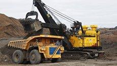 Техника на карьере Сибирской угольной энергетической компании (СУЭК). Архивное фото