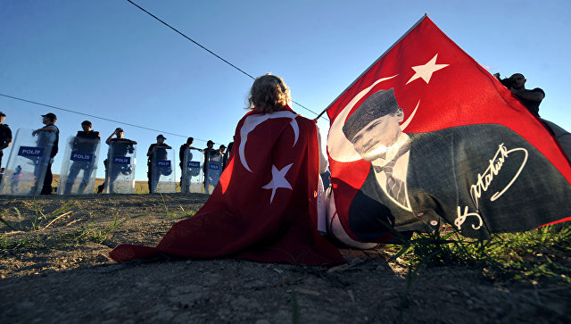 Суд потребовал лишить Гюлена турецкого гражданства