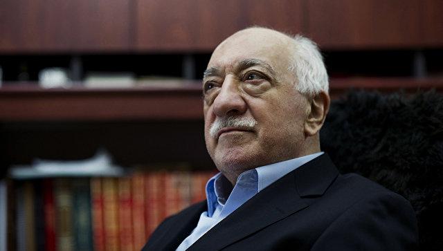 В Турции хотят задержать более сотни экс-сотрудников ВВС за связи с Гюленом