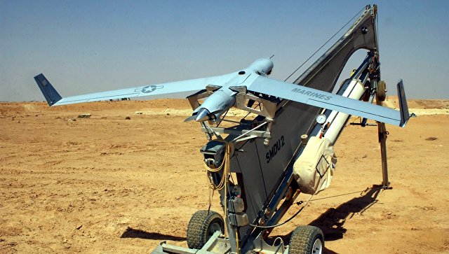 Американский беспилотный летательный аппарат (БПЛА) ScanEagle на катапульте. Архив