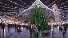 Новогодняя елка на Соборной площади в Вильнюсе, Литва. Архивное фото