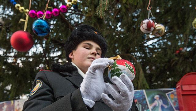 Вновогодние праздники русских военнослужащих накормят фруктами исладостями