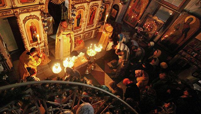 В РПЦ предложили передавать иконы из запасников музеев на хранение в храмы