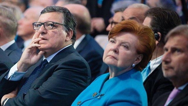 Взавистливости обвинила латвийцев прошлый президент, которая купила место накладбище