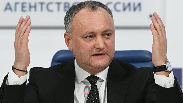 Додон начнет консультации с народом Молдавии