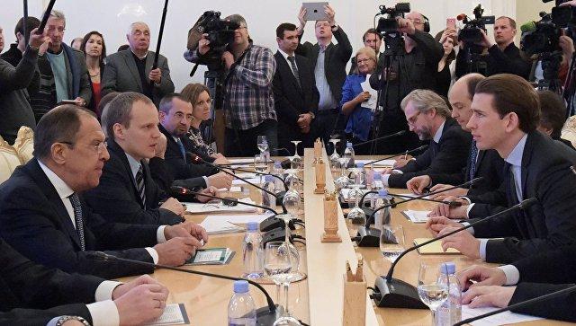 Глава МИД Австрии назвал условия снятия санкций с России