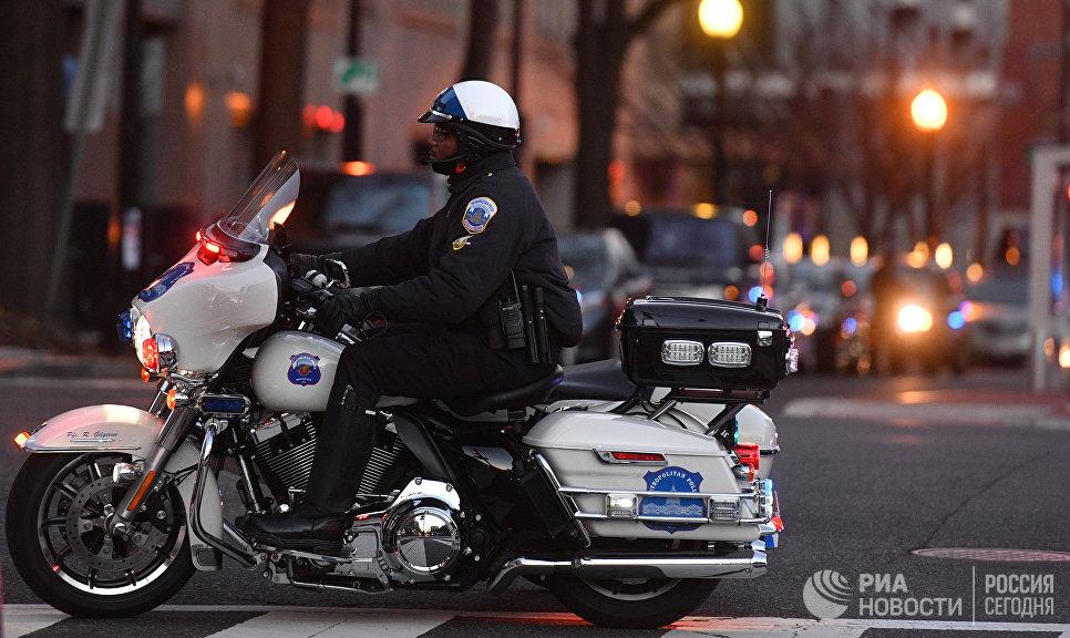 Полицейский на одной из улиц Вашингтона