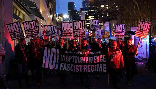 Image result for демонстрация против трампа