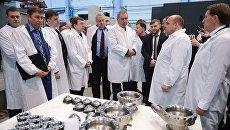 Вице-премьер РФ Дмитрий Рогозин посетил ВМЗ в Воронеже