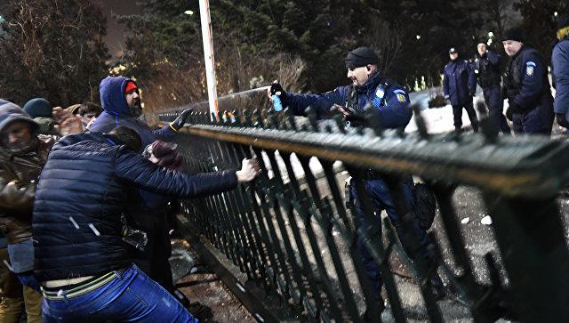 После масштабных протестов министр Румынии подал вотставку
