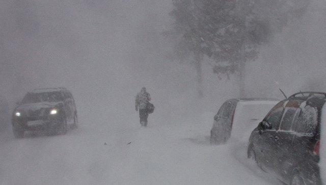 Сильный снегопад оставил без электричества 18 тыс. канадцев