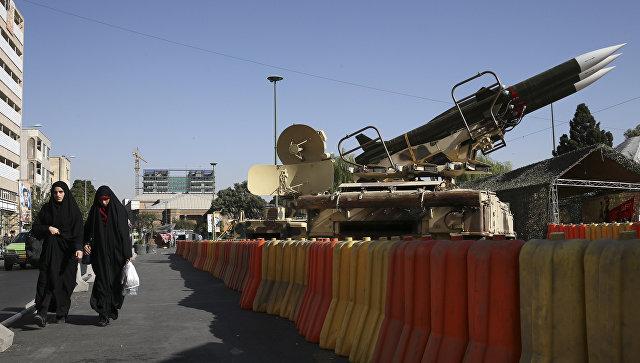 Ракеты на выставке в Тегеране, Иран. Архивное фото