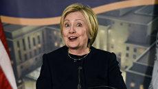 Хиллари Клинтон в штаб-квартире государственного Департамента в Вашингтоне