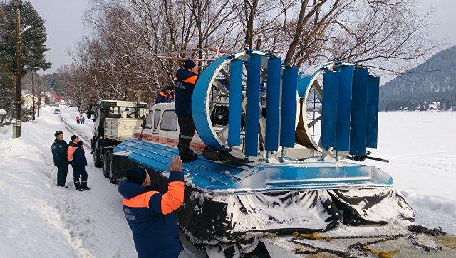Впоисках пропавшего наАлтае вертолета задействуют дополнительное подводное оборудование