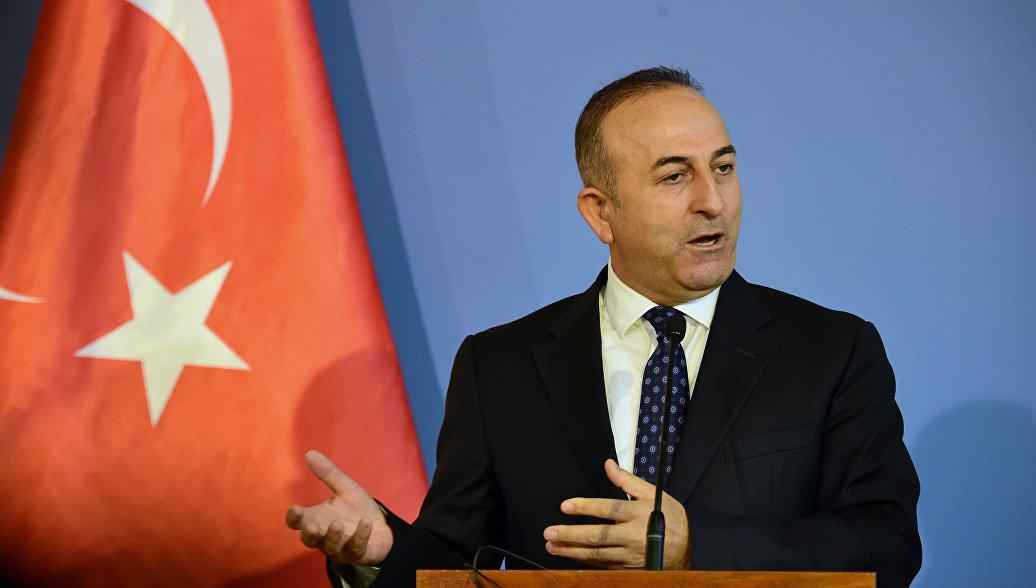 Глава МИД Турции: Мы готовы принимать россиян без загранпаспортов