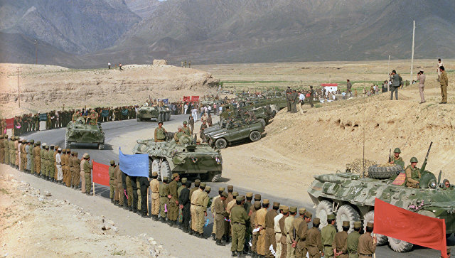 Вприкладе старого автомата АК-47 обнаружили записку сафганской войны