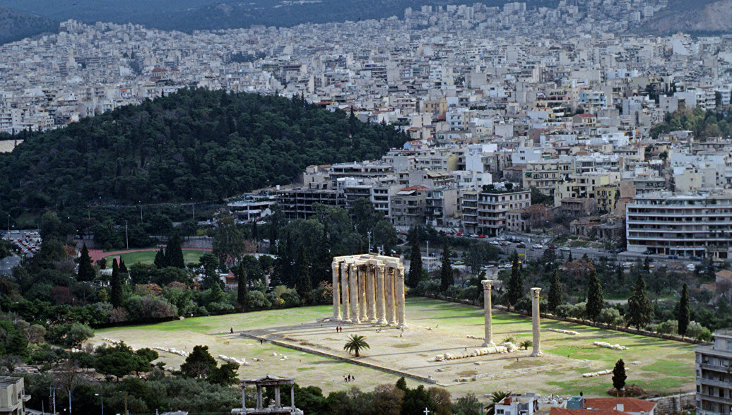 В Афинах решили убрать с улиц статуи из металла после серии краж