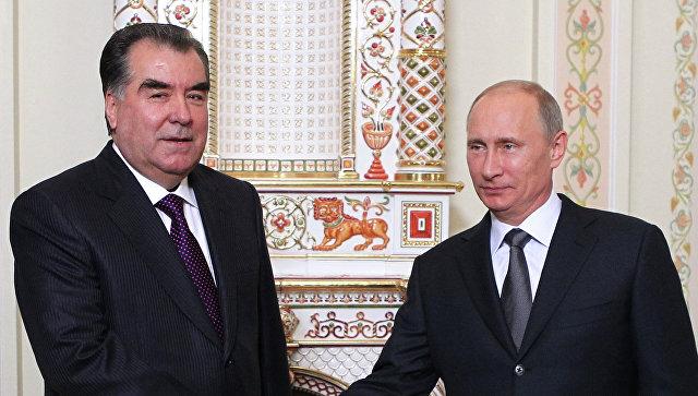 Встреча президента РФ В.Путина с Эмомали Рахмоном. Архивное фото