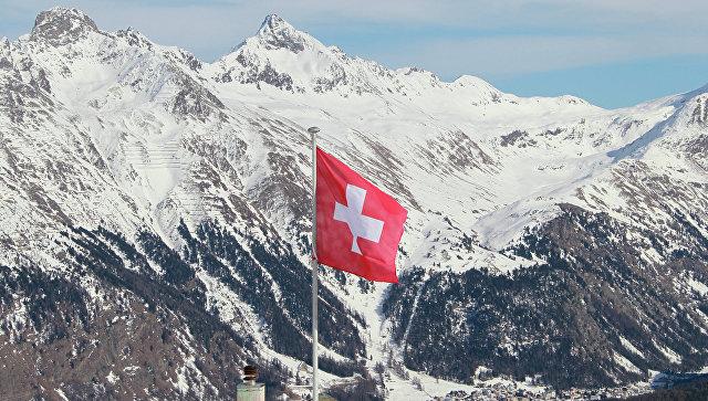 Вид на горнолыжный курорт в Швейцарии. Архивное фото
